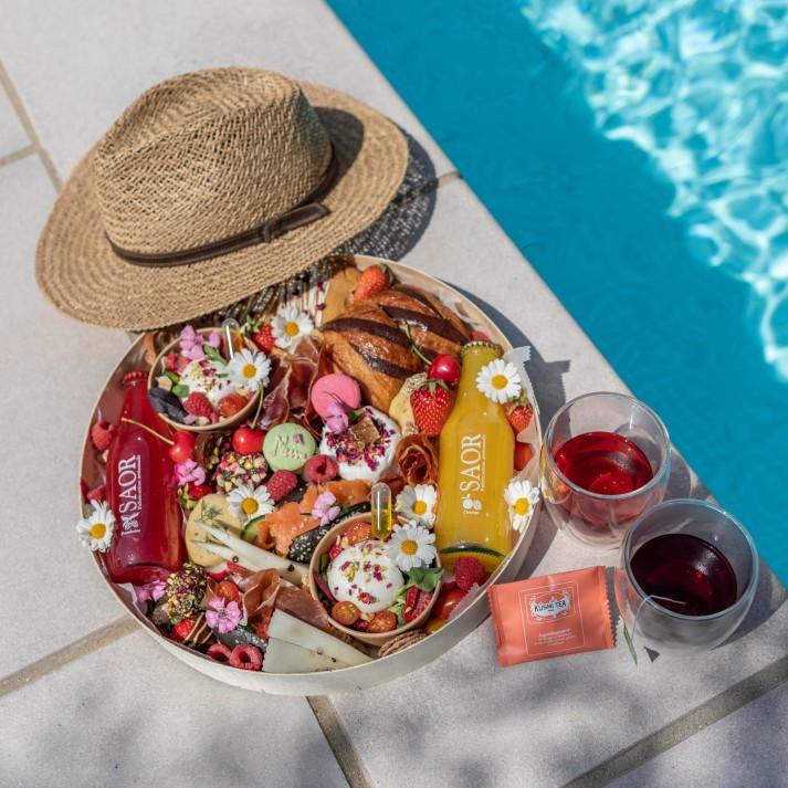 Brunch fête des mères avec jus de fruits • Léo et Lizette